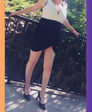 Laiana escort girl in Leisure City